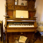 Another pump organ