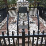Buffalo Bill's grave, his wife laid bu his side.
