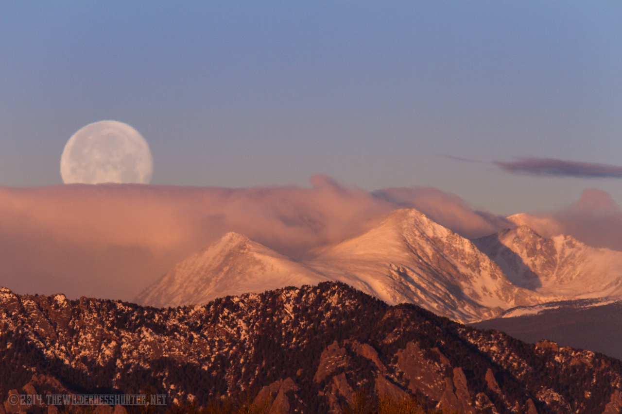 Sunrise, moonset over Mount Albion and Kiowa Peak, Indian Peaks